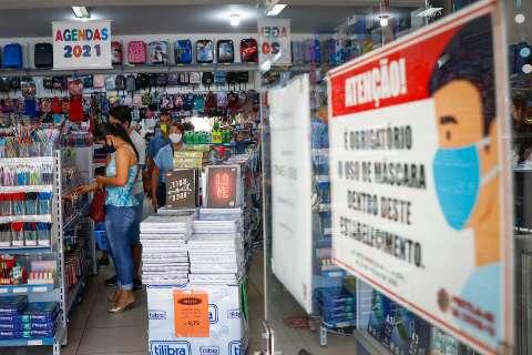 Material reutilizado e lista curta fazem pais economizarem na pandemia