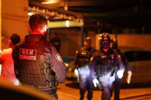 Durante toque recolher, quase 400 pessoas são pegas fora de casa na Capital