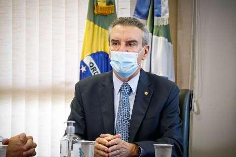 """Corrêa assume governo e vai alertar prefeitos sobre """"fura-fila"""" da vacina"""