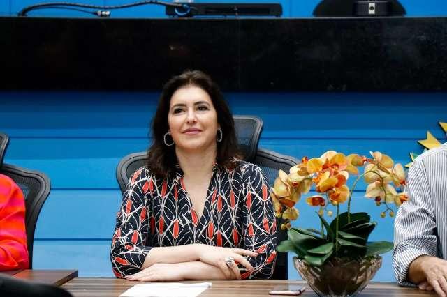 Simone Tebet tenta se afastar da imagem de Renan Calheiros para o Senado