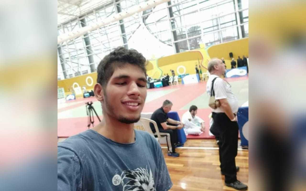 Maurício de Souza Neto, de 23 anos, foi assassinado em Santa Catarina. (Foto: Arquivo Pessoal)