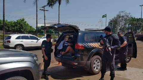 Condenados, policiais civis da máfia do cigarro perdem função pública