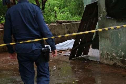 Morto a tiros em praça do Jardim Sayonara já havia recebido ameaças, diz tia