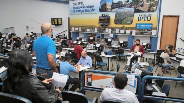 Prefeitura faz plantão no sábado para pagamentos de IPTU com desconto