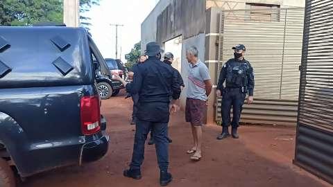 """Quatro são presos em operação contra """"peixe grande"""" de furtos em fazendas"""