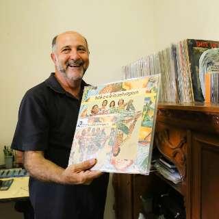 """Coleção de Carlos recorda música de MS em 600 discos """"perdidos"""""""