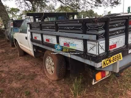 Leilão do Tribunal de Justiça tem carros e sucatas com lances a partir de R$ 10