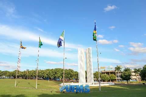 UFMS já deve R$ 107,6 mil em bolsas a 269 estudantes