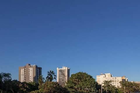 Sábado será de sol e alerta de tempestade em 25 municípios de MS