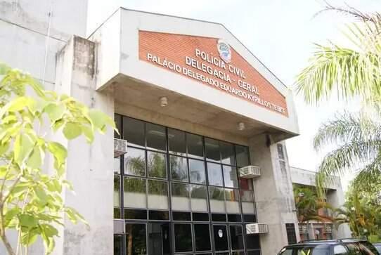 Delegacia Geral fica localizada na Av. Desembargador Leão Neto do Carmo. (Foto: Divulgação)
