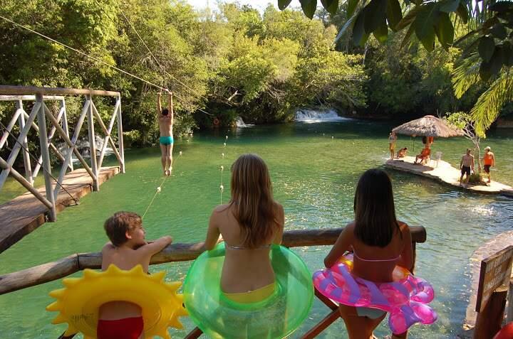 Bonito é um destino de natureza com grande diversidade de passeios para famílias com crianças (Foto: BonitoWay/Reprodução)