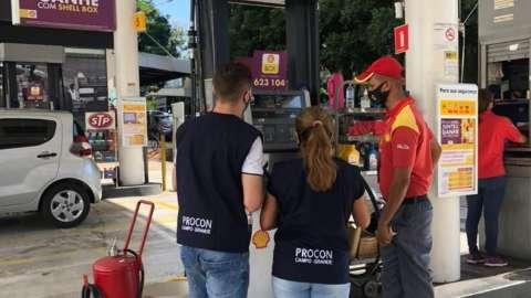 Pesquisa mostra variação de 7% nos preços da gasolina comum na Capital