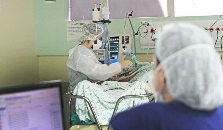 Faltam leitos de UTI para Covid no interior do Estado e pacientes são transferidos (Foto Saul Schramm/Governo de MS)
