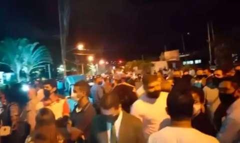 Depois de líderes eleitos sairem escoltados, oposição diz que vai à Justiça