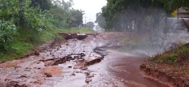 Chuva não para e Itaquiraí acumula 180 milímetros em 2 dias