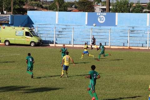 Dourados vence o Novo por 3 a 0 e dispara na liderança do Grupo A