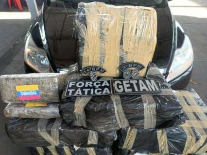 Traficante é preso com maconha avaliada em R$ 300 mil durante perseguição