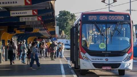 Linhas mais lotadas terão ônibus extras a partir de amanhã; confira os trechos