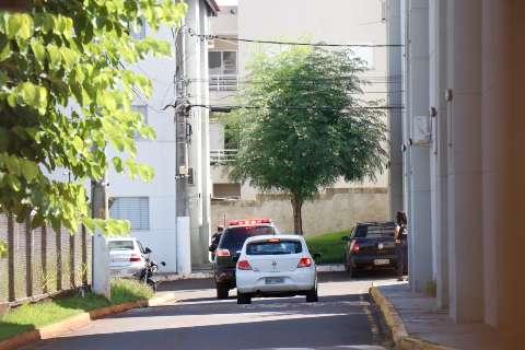 Condenado por matar empresário, PRF é encontrado em estado grave em apartamento
