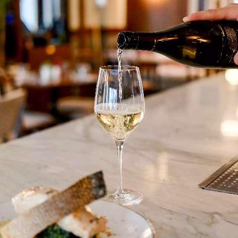 Dicas para acertar no vinho na hora de harmonizar com peixe