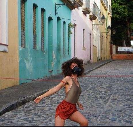 """Dançante, Llez percorreu ruas do Pelourinho para gravar """"Terra Plana"""""""