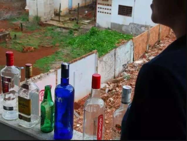 Com pandemia, 37% dos leitores dizem ter aumentado consumo de bebida alcoólica