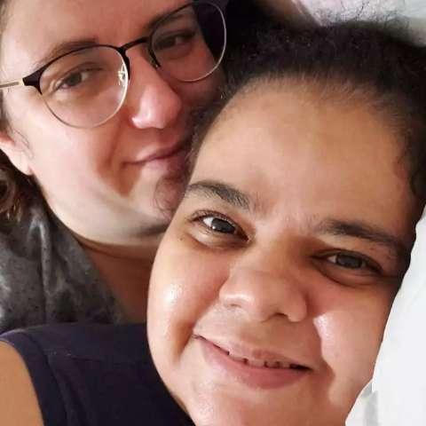 Laura pediu para ver o grande amor antes de intubar e saiu após 95 dias