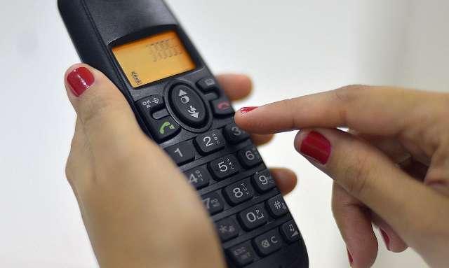 Com mudança de hábito, telefone fixo está presente em apenas 33% das casas