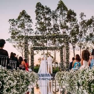 Pandemia faz casamentos serem desmarcados pela terceira vez