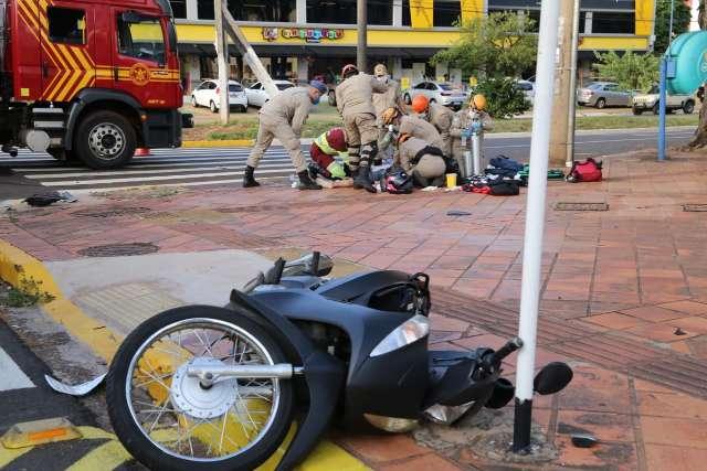 Acidente entre carro e moto mata mulher de 27 anos na Avenida Mato Grosso