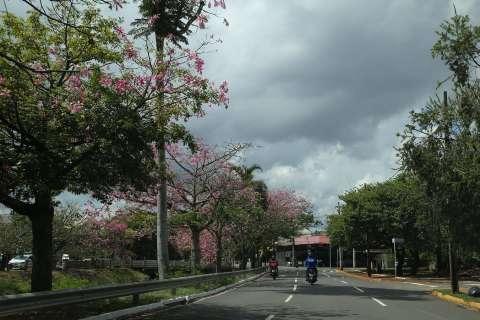 Inmet alerta para chuvas intensas na região sul de MS