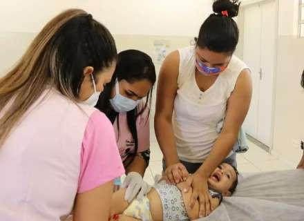 Vacina da gripe começa por crianças na Capital