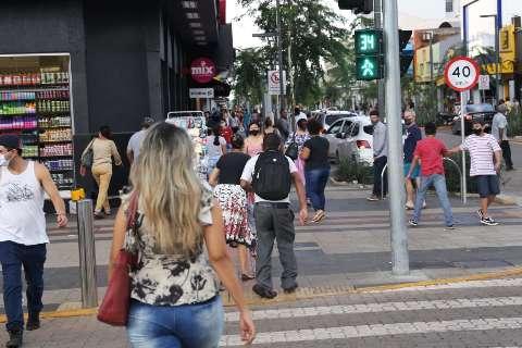 Campo Grande passa de 90 mil casos de covid em dia com 21 mortes