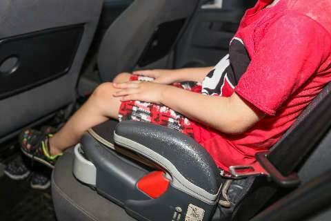 Apesar de supresa para alguns, nova lei de transporte de crianças já rende multa